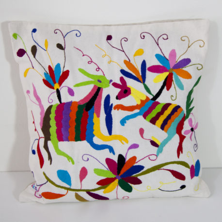 Coussin multicolore 3 Otomi ViBamos tissu mexicain.