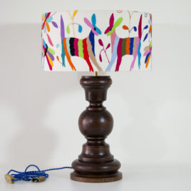 Lampe Roble ViBamos tissu Otomi mexicain